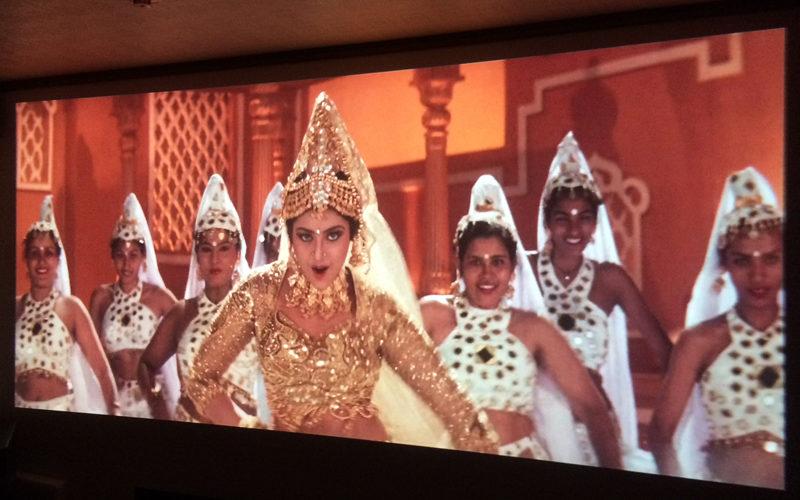 ムトゥ踊るマハラジャ,ホームシアター,プロジェクター,映画