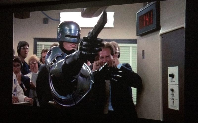 ロボコップ,RoboCop,ホームシアター,プロジェクター