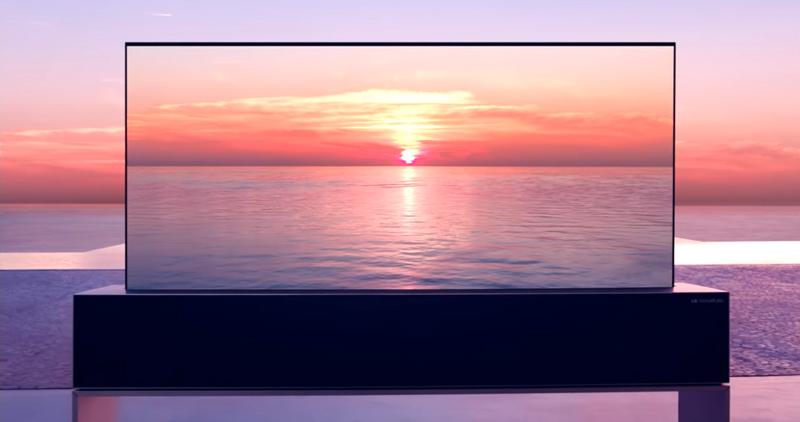 LG社製 巻き取り式有機ELテレビ