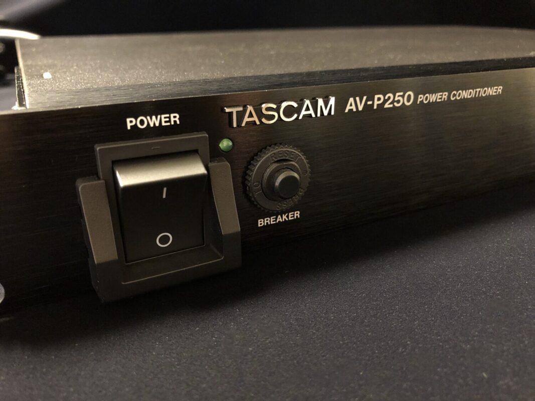 TASCAM AV-P250,パワーディストリビューター,ディストリビューター,電源